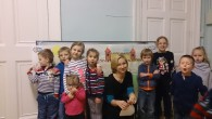 Agnieszka Wieczorkowska during arts workshop for children
